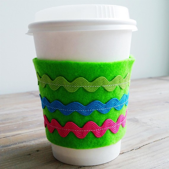 coffee-sleeve-primary-0315