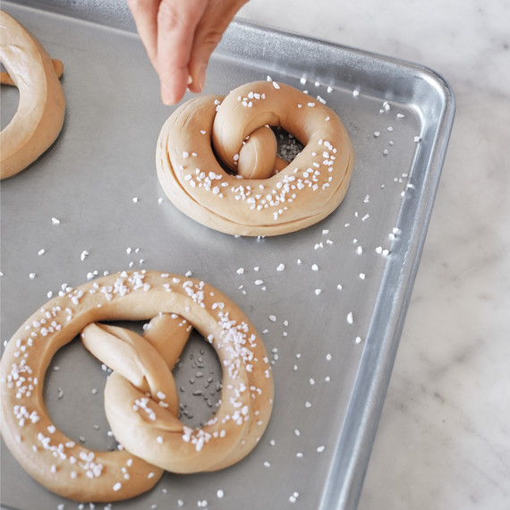 pretzel-how-to-163-d112616.jpg