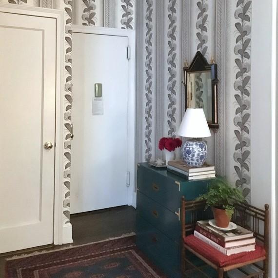 wallpaper-entry-way-1-1015.jpg (skyword:191051)