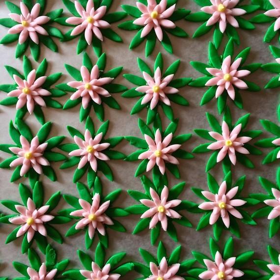 flower-cupcake-topping-0615