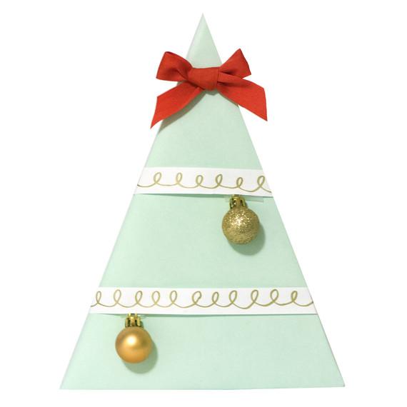 holiday-gift-wrap-1-tm-1214.jpg