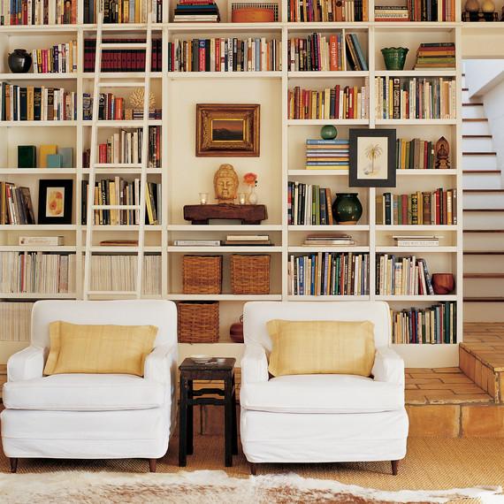 mla101559_sept2005_bookcase.jpg