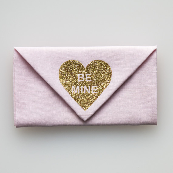David_Stark_Valentine_Napkin_step4.jpg (skyword:223228)