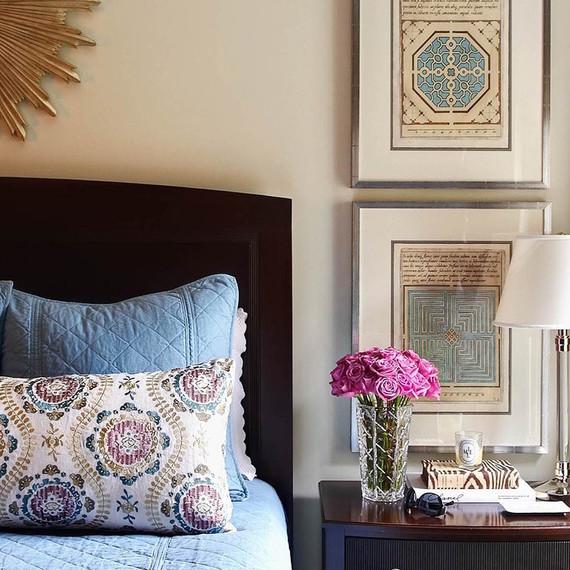 Guestroom-bedside-table-1215.jpg (skyword:209737)