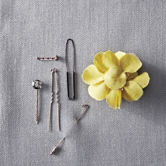 corsages-how-to-061-md110947.jpg