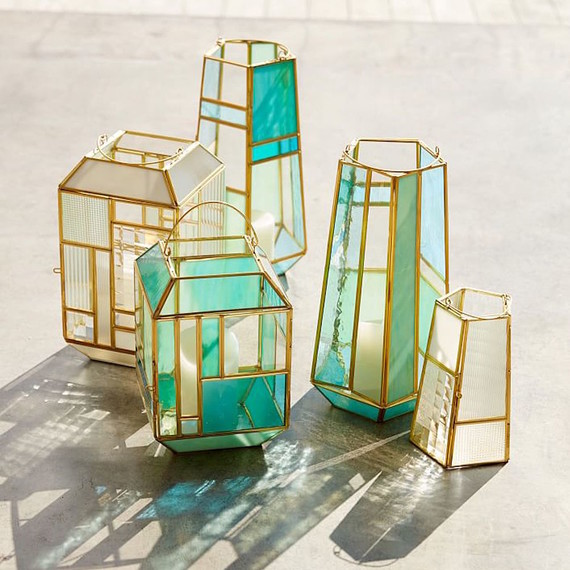 paneled-glass-lanterns-05-16.jpg (skyword:273506)