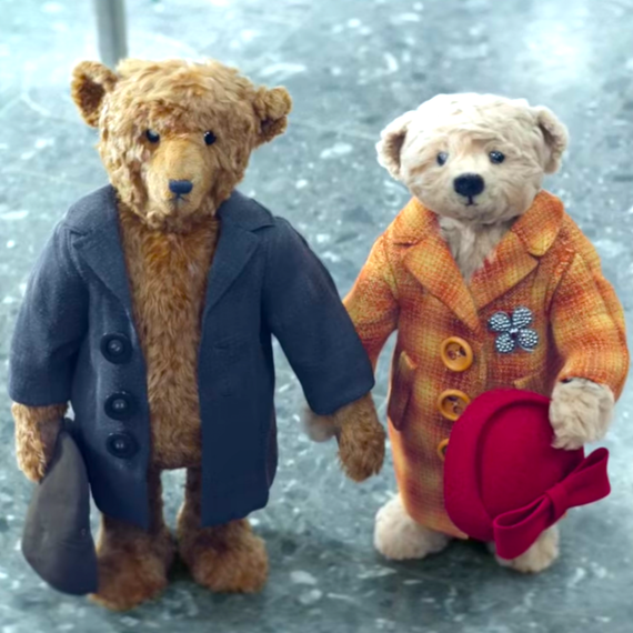 Heathrow Airport Christmas ad 2016