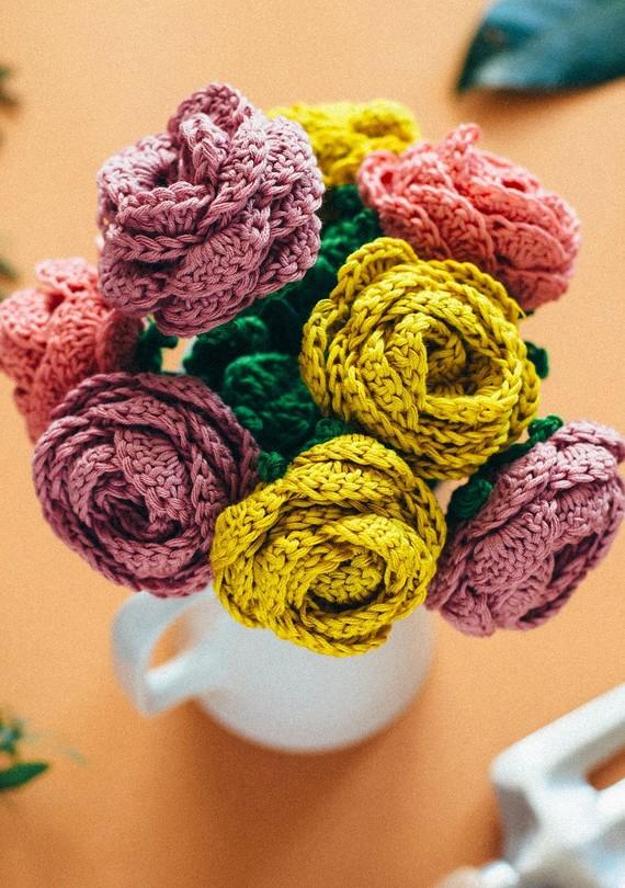Easy-Crochet-Flower-Bouquet1.3.jpg (skyword:249227)
