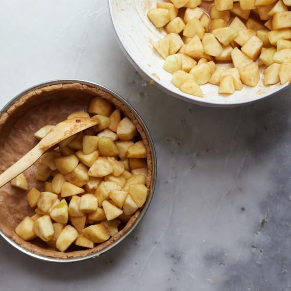 chaplin-dutch-apple-pie-2-0915.jpg