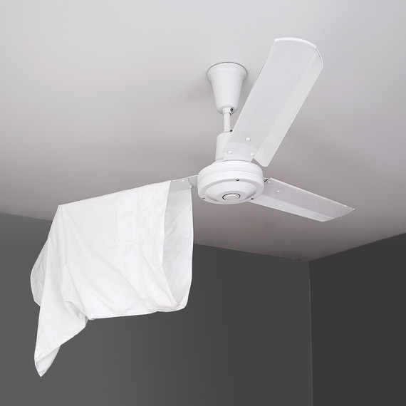 cleaning-ceiling-fan-mld110961.jpg