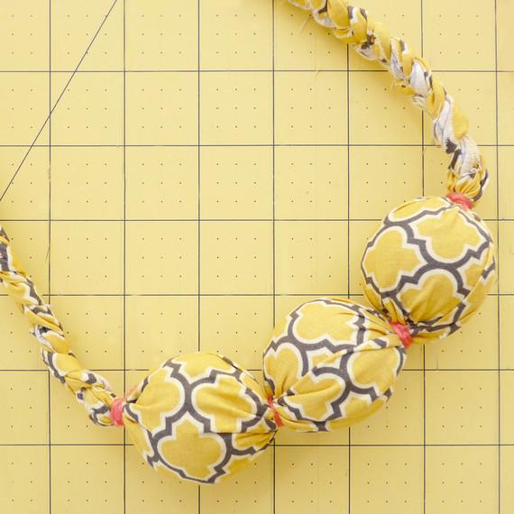 fabric-bead-necklace-2-tm-1114.jpg