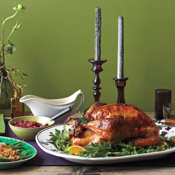 thanksgiving-table-1-med107616.jpg