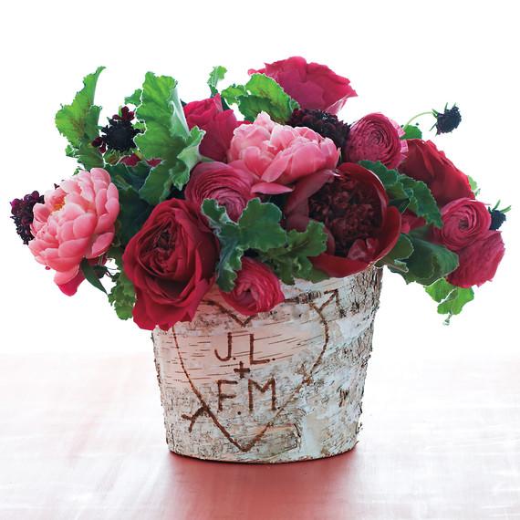 flowers-birch-bark-pot-md109577.jpg