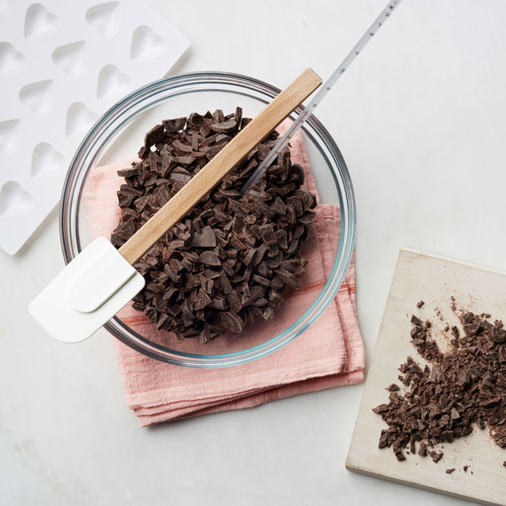 tempering-chocolate-094-d111651.jpg