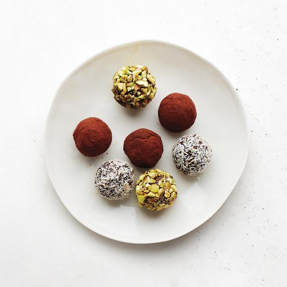 desserts-chocolate-truffles-0115.jpg