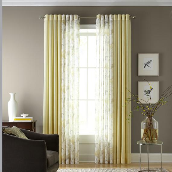 jcp-windows-livingroom-mrkt-0214.jpg