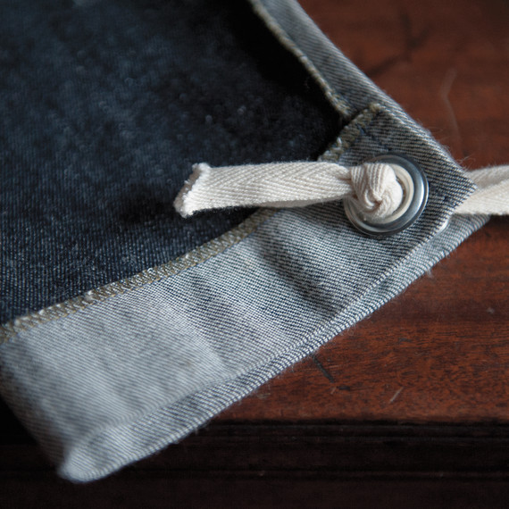 merchant-mills-apron-detail-0514.jpg