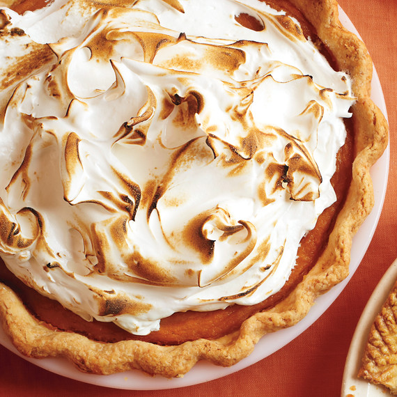 sweet-potato-meringue-pie-m09160.jpg