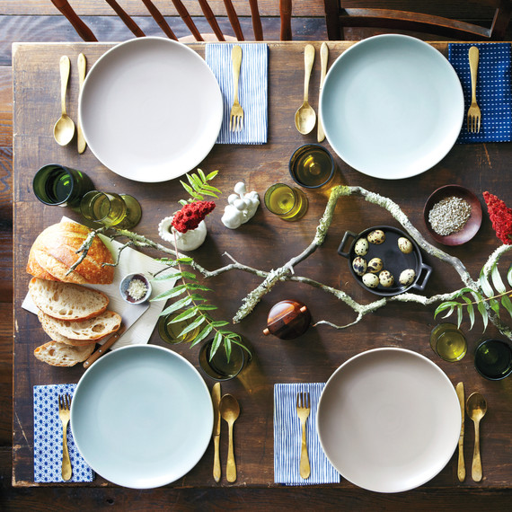 table-settings-stephen-mld107802.jpg