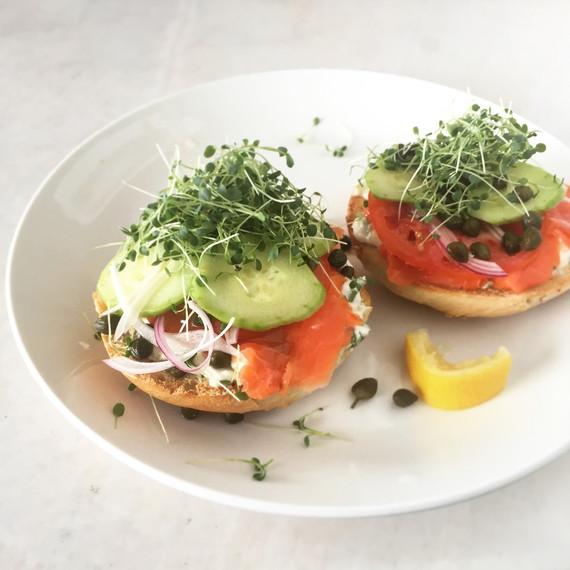 42burners-breakfast-sandwich-0815.jpg