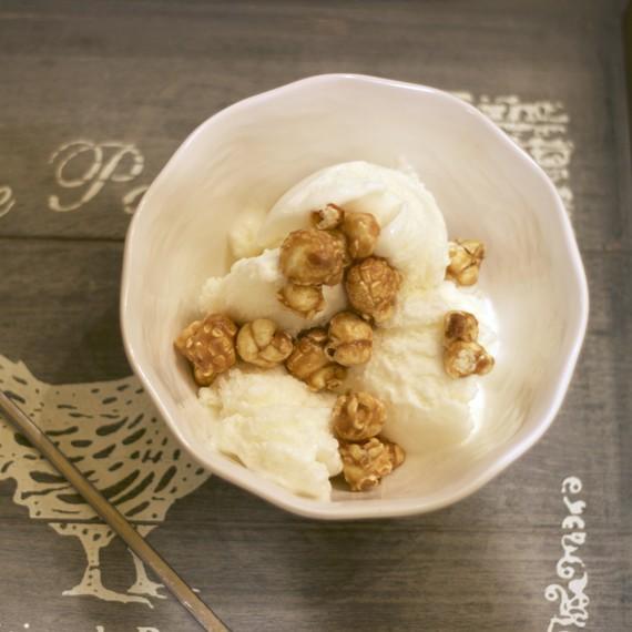 frozen-yogurt-caramel-popcorn-0615