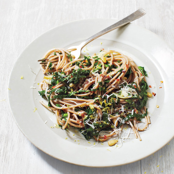 pasta-with-leafy-greens-mbd109398.jpg