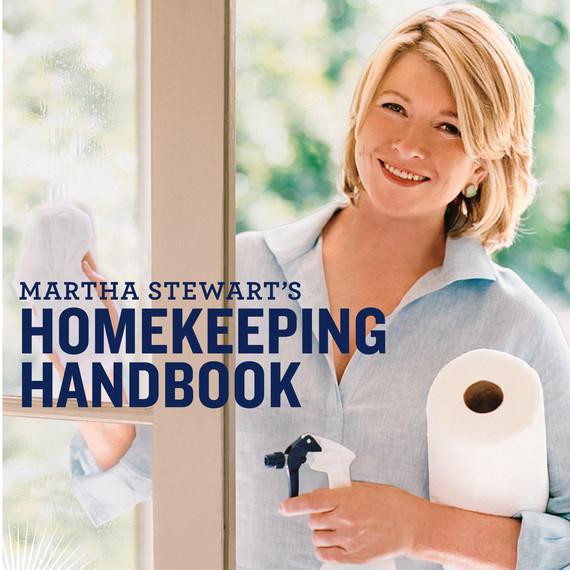martha-stweart-homekeping-handbook.jpg