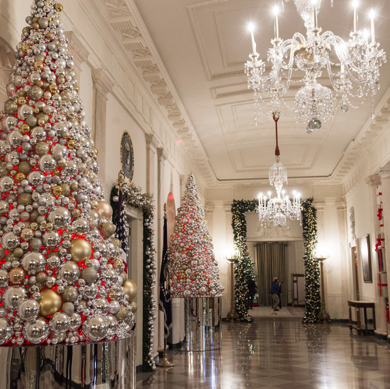 white house obama christmas hallway