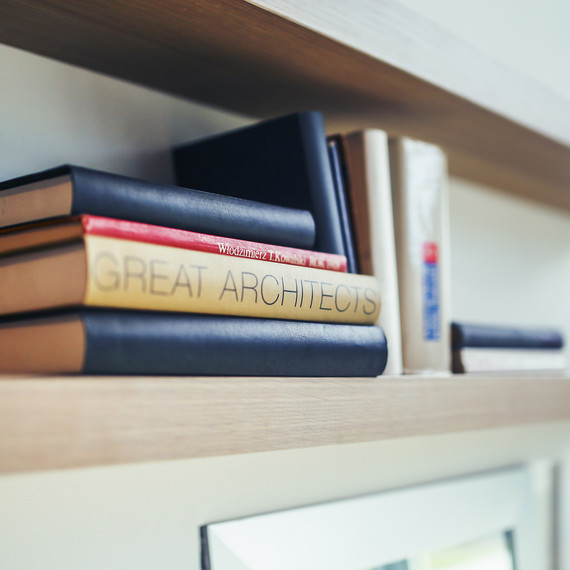 buildings-books-architect-shelf-1016.jpg (skyword:350986)