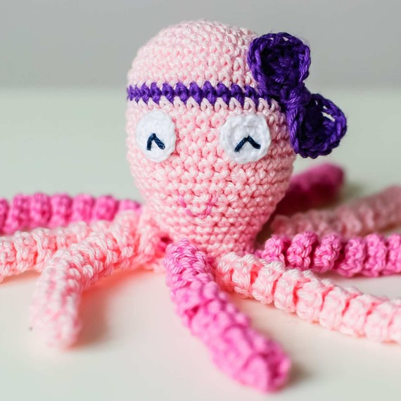 Crochet Patterns For Premature Babies : You Can Crochet an Octopus Toy to Help Comfort Premature ...