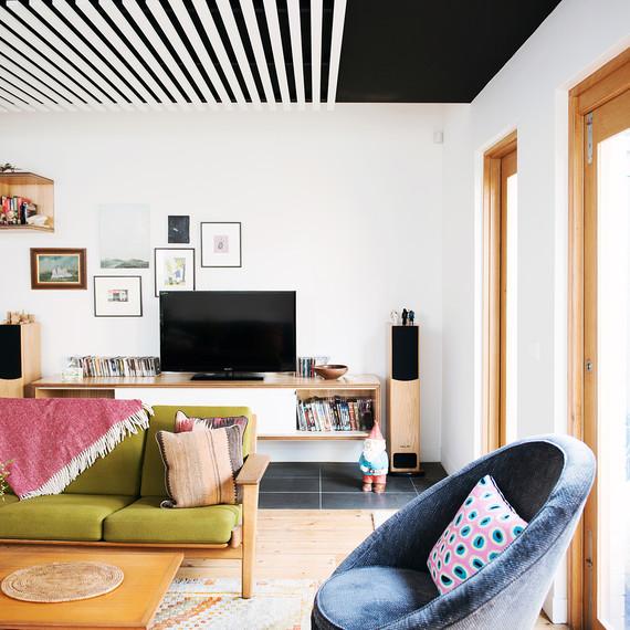nest-architects-striped-ceiling-0815.jpg (skyword:181442)