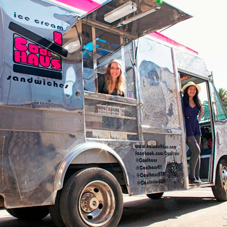 coolhaus-case-estreller-in-truck-0514.jpg