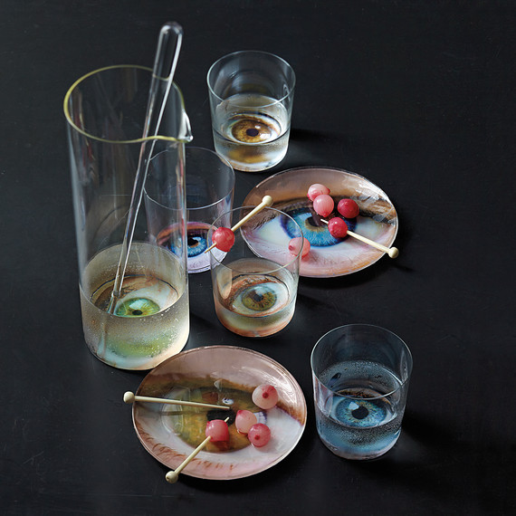 eyeball-glasses-phobias-1011mld107647.jpg