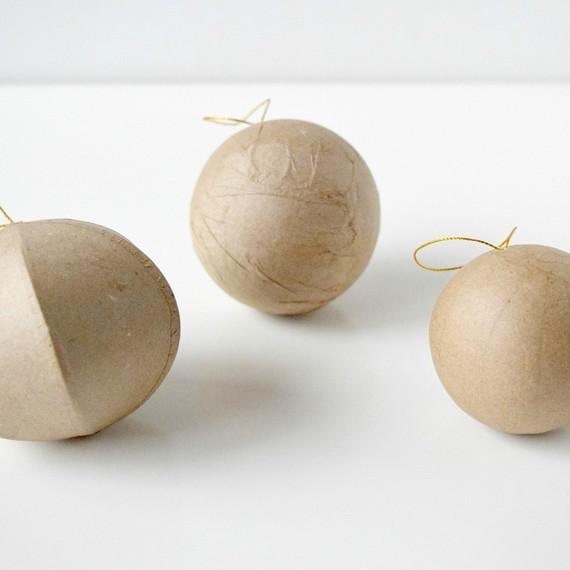 unbreakable-christmas-ornaments2-1215.jpg (skyword:211486)