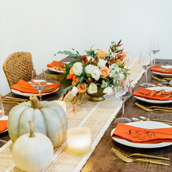 rust--aqua-thanksgiving-table-setting2_1115.jpg (skyword:202284)