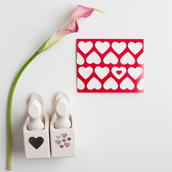 last-minute-punch-valentines-cards-1039.jpg (skyword:397231)