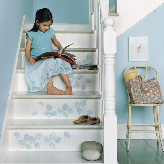 living-colorfully-white-blue-mmla101445.jpg