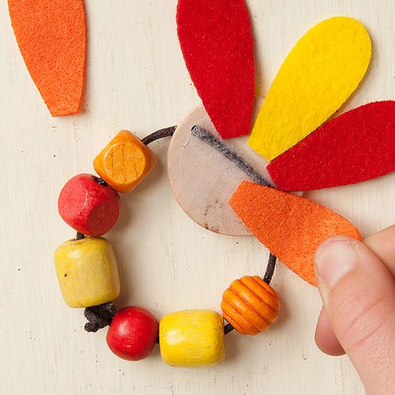 thanksgiving-napkin-rings-step5-tm-1114.jpg