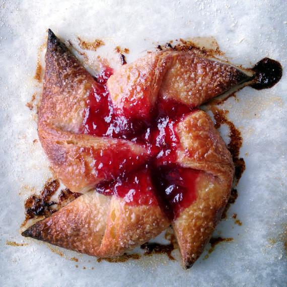 42burners-raspberry-pinwheel-danish-0715.jpg
