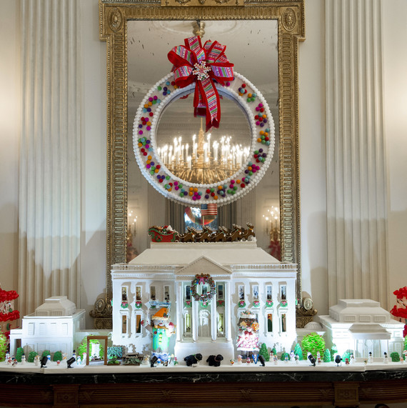white house obama christmas mini village