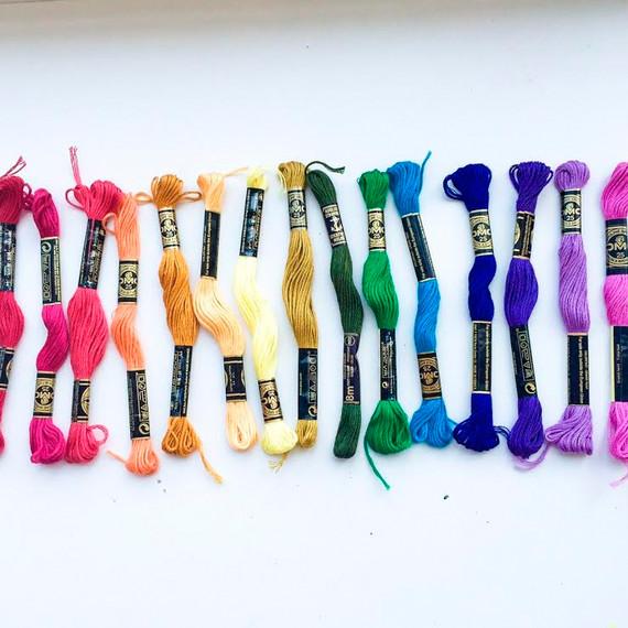 craft-bins-embroidery-thread-rainbow-0815.jpg