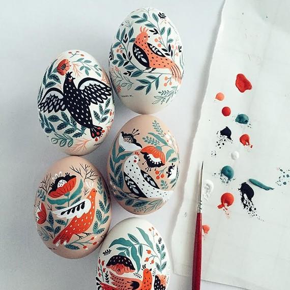 Dinara Mirtalipova painted Easter eggs