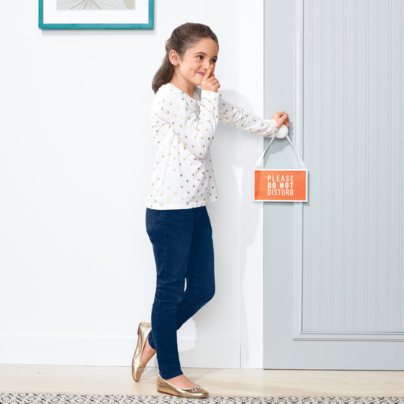 door-with-beadboard-wallpaper-582-d111686r.jpg