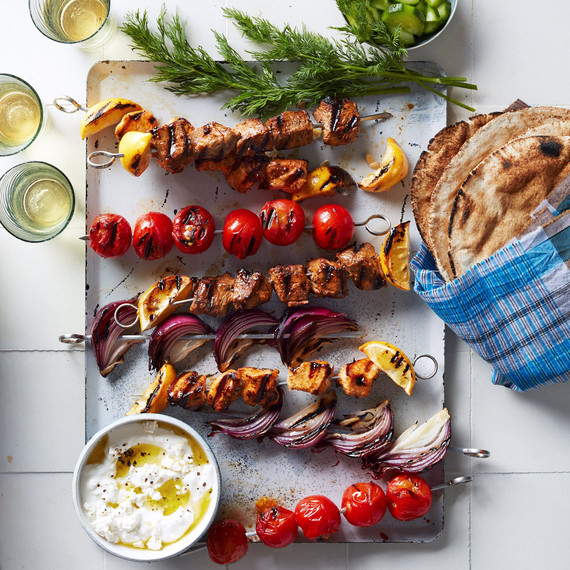 grilled-lamb-and-chicken-skewers-336-d112921.jpg