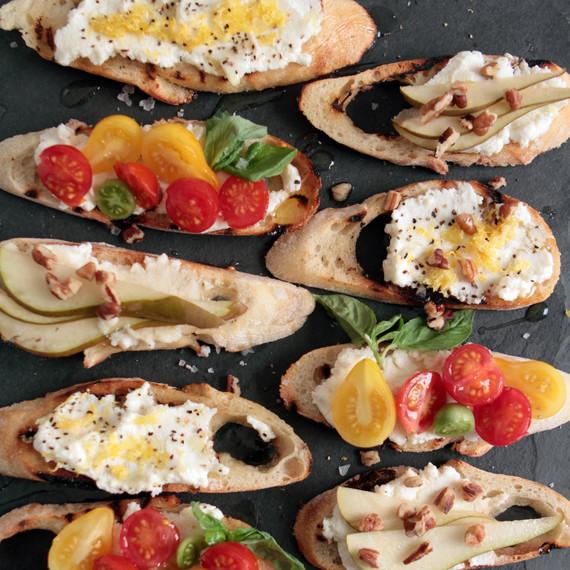 books-appetizers-modernproper-crostini-mrkt-1015.jpg