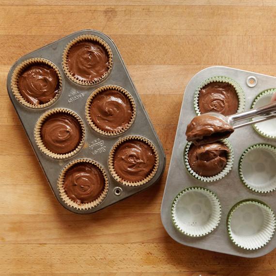 piexbox-contributor-irish-stout-cupcakes-scoop-0314.jpg
