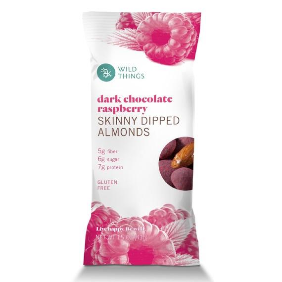 Dark-Chocolate-Raspberry-Skinny-Dipped-Almonds-for-Martha-Stewart-Valentine-s-Day.jpg (skyword:225655)