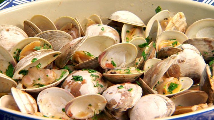 clams_on_the_grill_1.jpg