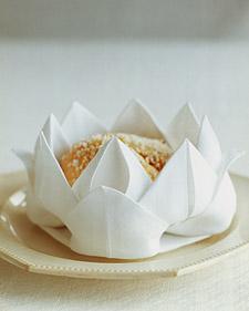 rose napkin fold.