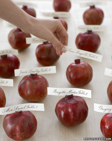 pomegranate seating cards